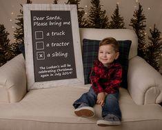 Pregnancy Christmas Card, Christmas Card Pregnancy Announcement, 2nd Pregnancy Announcements, Pregnancy Signs, Pregnacy Announcement, Baby Number 2 Announcement, Christmas Photos, Christmas Time, Christmas Ideas