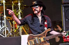 Drummer Mikkey Dee confirms that Motörhead will no longer tour nor record new albums after the passing of their legendary frontman Lemmy Kilmister. Revolver, Lemmy Motorhead, Metal News, Laughing And Crying, The New Wave, Frank Zappa, Lineup, Rock Bands