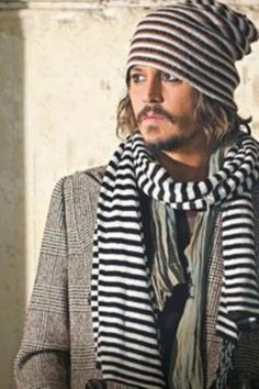 #JohnnyDepp style: stripe beanie and scarf http://www.shopstyle.com/action/loadRetailerProductPage?id=465630501&pid=uid2736-29720856-45 ($59.9)