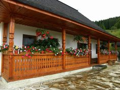 Barbecue Garden, Casas Shabby Chic, Wooden Terrace, Design Case, Traditional House, Home Fashion, Warm And Cozy, My House, Pergola