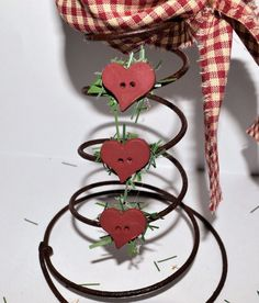 All the rage these days are bed springs. Learn how to turn an old rusty bed spring into an adorable snowman for your winter home décor. Don't have a bed sprin… Christmas Bells, Christmas Crafts, Christmas Decorations, Christmas Ornaments, Christmas Ideas, Christmas Snowman, Holiday Ideas, Rusty Bed Springs, Bed Spring Crafts