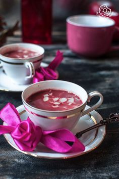 This Kashmiri pink chai has a rich, creamy, buttery and slightly thick texture which is thin enough to drink. It has a magical aroma of cardamom, saffron. Tea Recipes, Indian Food Recipes, Chai Tea Recipe, Sparkling Drinks, Exotic Food, Non Alcoholic Drinks, Beverages, Vegan Dishes, Recipe Collection