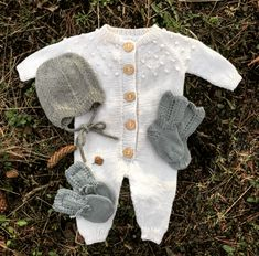 Baby Costumes, Baby Fever, Kids And Parenting, Baby Knitting, Little Ones, Pullover, Children, Sweaters, Clothes