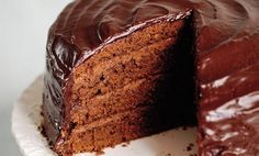 New Ideas For Baking Cakes Chocolate Mary Berry Mary Berry Chocolate Cake, No Bake Chocolate Cake, Berry Cake, Mary Berry Ganache, Mary Berry Carrot Cake, Mary Berry Desserts, Ganache Icing, Ganache Recipe, White Chocolate