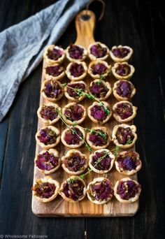 Onion Balsamic Zucchini Tartlets | Community Post: 15 Delicious Things You Can Make With Puff Pastry