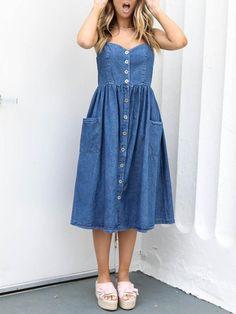 Sexy Spaghetti-neck Button Front Midi Dress Source by Dresses blue Denim Beach Dresses, Denim Midi Dress, Blue Summer Dresses, Blue Dresses, Jeans Dress, Dress Lace, Sexy Dresses, Dresses For Sale, Casual Dresses