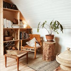 Woodlands Cottage, Interior Rugs, Swedish House, Scandinavian Home, Inspired Homes, Home Living Room, Living Spaces, Interior Design Inspiration, Earthy