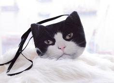 Chat noir et blanc croix corps, sac à bandoulière chat noir et blanc, sac chat noir et blanc,  https://www.etsy.com/fr/shop/BENWINEWIN?ref=l2-shopheader-name