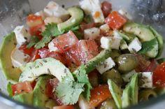 Легкий салат с авокадо
