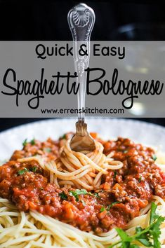 and Easy Spaghetti Bolognese This simple recipe for Quick & Easy Spaghetti Bolognese makes a meat sauce that's bursting with authentic Italian flavor and cooks in just 30 minutes! Italian The Italian may refer to: Sauce Recipes, Meat Recipes, Pasta Recipes, Cooking Recipes, Healthy Recipes, Kitchen Recipes, Healthy Dishes, Cooking Ideas, Healthy Meals