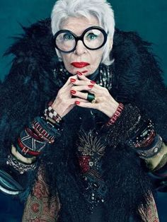 The 30 best red nails of all time: Iris Apfel