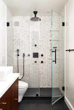 Strategy, tricks, plus resource with respect to acquiring the most ideal end result and also ensuring the optimum perusal of walk in shower tile ideas Small Bathroom With Shower, Small Showers, Master Shower, Bathroom Renos, Bathroom Renovations, Bathroom Ideas, Condo Bathroom, Shower Ideas, Concrete Bathroom