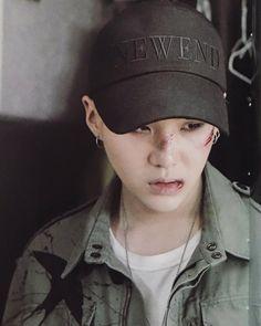 ; [SCAN] 방탄소년단 (BTS)   MEMORIES 2016   메모리즈2016 ... ©chimtae_d  -