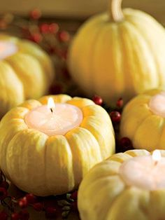 Thanksgiving Decorating Ideas: Mini Pumkpin Candle Holders #thanksgiving #fall #diy