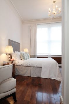 Interior Design Inspiration – Our portfolio showcases how we re-invent a tired two-storey apartment on Mayfair's iconic Green Street. Green Street, Interior Design Inspiration, Mansions, Bed, Furniture, Home Decor, Mansion Houses, Homemade Home Decor, Manor Houses