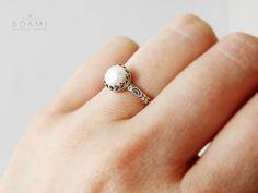 0e3250860 CERTIFIKÁT, 925 Stříbrný prsten s přírodní perlou / Zboží prodejce  soamijewelry