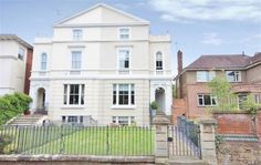FOR SALE - £650,000 A stunning four bedroom Victorian townhouse - Banbury