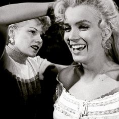 """Hairdresser Gladys Rasmussen works on Marilyn's hair during the filming of River Of No Return."