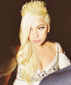 GAGA the TREND SETTER by Cheveux Luxueux