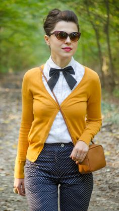 Miss Green: Autumn preppy look - Vintage style Look Fashion, Retro Fashion, Autumn Fashion, Vintage Fashion, Fashion Outfits, Womens Fashion, Fashion Trends, Vintage Outfits, Preppy Look
