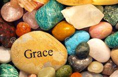 mais il m'a répondu : « Ma grâce te suffit, c'est dans la faiblesse que ma puissance se manifeste pleinement. » C'est pourquoi je me vanterai plutôt de mes faiblesses, afin que la puissance de Christ repose sur moi. 2 Corinthiens 12:9 BDS
