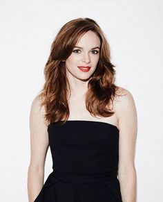 because IRL I am sitting on the couch eating cereal for lunch 🤷🏻♀️ Killer Frost, Danielle Panabaker, Fashion Tv, My Crush, Camisole Top, Curvy, High Neck Dress, Tank Tops, Sexy