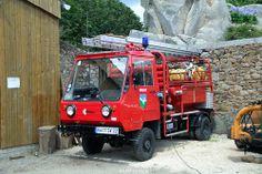 Les Pompiers De Bréhat ★。☆。JpM ENTERTAINMENT ☆。★。 Ambulance, Strange Cars, Cool Fire, Fire Equipment, Rescue Vehicles, Truck Engine, Volunteer Firefighter, Truck Art, Emergency Response