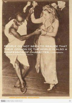 Funny pictures about Just Mahatma Gandhi dancing. Oh, and cool pics about Just Mahatma Gandhi dancing. Also, Just Mahatma Gandhi dancing. Shall We Dance, Lets Dance, Alvin Ailey, Rare Photos, Old Photos, Tango, Fotografie Hacks, World History, Vintage Photography