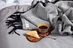 Made with the finest naturally renewable lamb's wool from New Zealand. Concept, Pure Products, Design, Tin Cans, Shapes