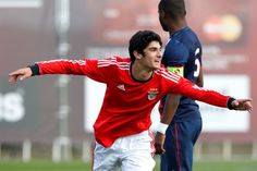 SPORTS And More: #Portugal @CarregaBenfica 18 yr old Goncalo Guedes...
