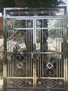 Front Door Design Wood, Front Gate Design, Main Gate Design, House Gate Design, Door Gate Design, Home Grill Design, Grill Gate Design, Balcony Grill Design, Balcony Railing Design