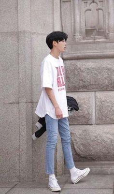 Pin by john kelvin on ulzzang style male outfits in 2019 Korean Fashion Summer, Korean Fashion Men, Korean Street Fashion, Ulzzang Fashion, Korea Fashion, Kpop Fashion, Asian Fashion, Mens Fashion, Korean Men Style