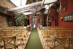 Espaços para casamentos - Espaço Quintal - EQ. Preços, fotos, opiniões, disponibilidade, telefone e endereço. O espaço ideal para realizar seu casamento.