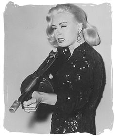Jeanne Carmen was an American model, pin-up girl, trick-shot golfer, and B movie actress. Gangsters, Halloween Adventure, Cinema Tv, Look Vintage, Badass Women, Thing 1, Vintage Photography, Hollywood, Actresses