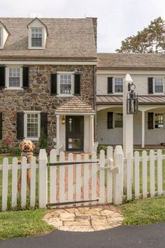 Country Style Fence ~ Humpdays With Houzz