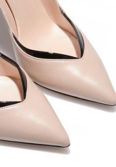 パンプス Perfect Pump | CASADEI カサデイ | レディース - 靴 - パンプス | Skin/Black | 海外通販ならLASO(ラソ)