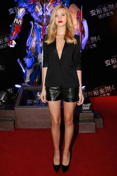 Leather short with a blazer, why not?