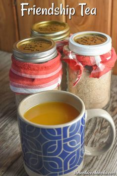 This Friendship Tea recipe is a homemade tea mix that combines instant tea, lemonade and Tang with some spices for a perfect warm drink. Homemade Tea, Homemade Spices, Homemade Seasonings, Winter Drinks, Holiday Drinks, Spiced Tea Mix Recipe, Spice Tea Recipe, Friendship Tea Recipe, Hot Tea Recipes