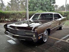 1971 Chrysler Imperial LeBaron hardtop sedan