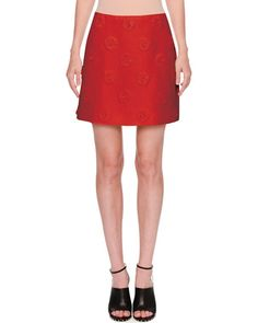 VALENTINO DAISY CREPE COUTURE SKIRT, RED. #valentino #cloth #