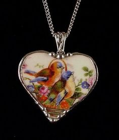 Sweet necklace made from vintage broken china.