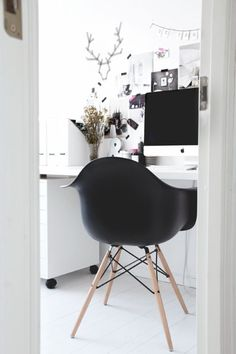 black & white                                                   from http://www.pioneer-furniture.com