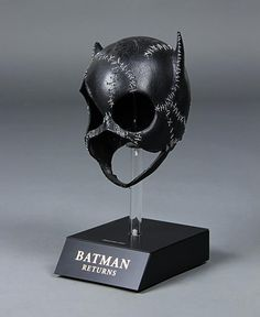BATMAN RETURNS (1992) - Catwoman's (Michelle Pfeiffer) Mask - Price Estimate: £6000 - $8000