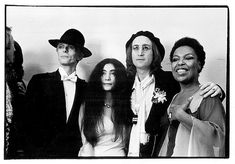 David Bowie, Yoko Ono, John Lennon, and Roberta Flack at the 1975 Grammy Awards