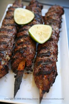 Seekh Kebab - Though originally a Pakistani dish, the Seekh kebab is equally as popular and common in India. A Seekh Kebab is essentially a spiced mince meat kebab which it threaded on metal skewers and placed in a tandoor to cook. There are hundreds of variants of this recipe so here's one personally like but the ingredients can be tweaked to suit your taste. It can be made using anything from Mince Lamb, mutton(goat), beef or even chicken, though the most popular are lamb and beef seekhs.
