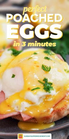 How to Poach an Egg - Easy Perfect Poached Eggs Easy Poached Eggs, How To Make A Poached Egg, Perfect Poached Eggs, Great Breakfast Ideas, Breakfast Bowls, Breakfast Sandwiches, Breakfast Pizza, Breakfast Cookies, Amigurumi