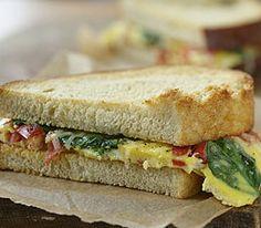 MyPanera Recipe: A Spinach and Tomato Omelet Sandwich