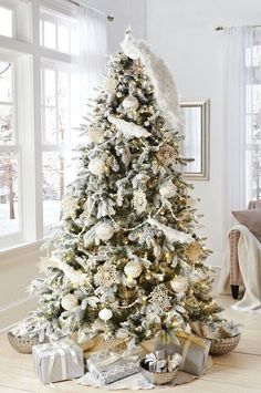 Love the White Peacock Tree Topper! <3
