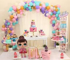 first birthday cake Little Girl Birthday, Birthday Cake Girls, 3rd Birthday Parties, Surprise Birthday, Festa Baby Alive, Doll Party, Lol Dolls, Baby Party, Childrens Party