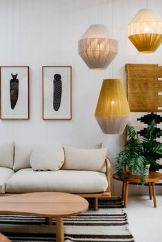We rounded up some of our favorite interior design ideas along with handy décor tips. Navy Living Rooms, My Living Room, Diy Furniture, Furniture Design, Chair Design, Design Design, Modern Furniture, Design Ideas, Pop And Scott
